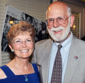 Dr.Stephens and wife Laurie, 200dpi