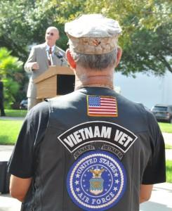 Veteran listens to Rep. Cary Pigman