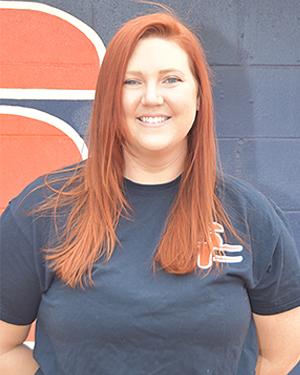 Assistant Softball Coach Kendra Wellnitz
